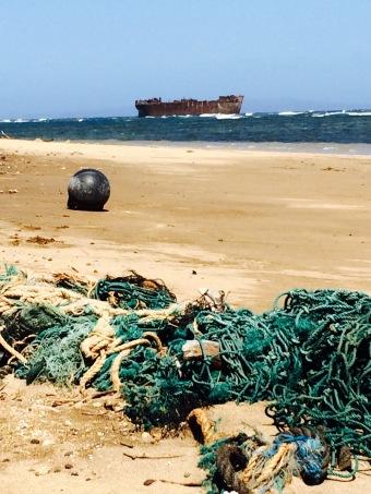 beach garbage3