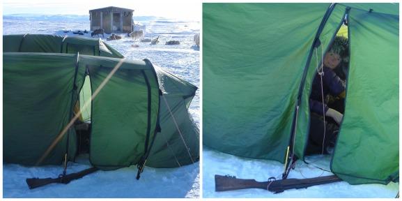 oona-in-tent